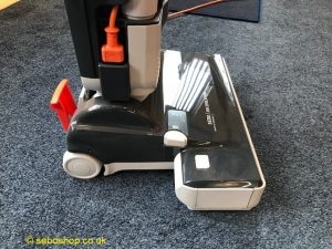 Retirement home vacuum cleaner
