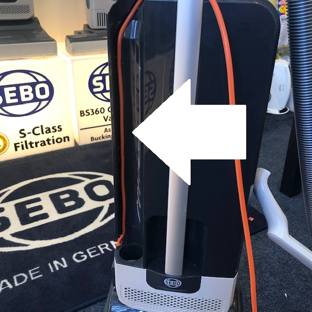 How to route the cable on a Sebo Evolution.